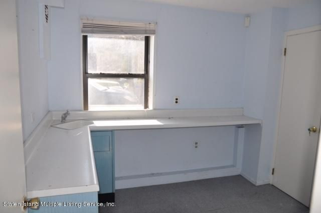 Additional photo for property listing at 2375 Richmond Road  Staten Island, New York 10306 United States