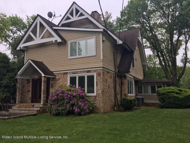 Additional photo for property listing at 144 Four Corners Rd  Staten Island, New York 10304 United States