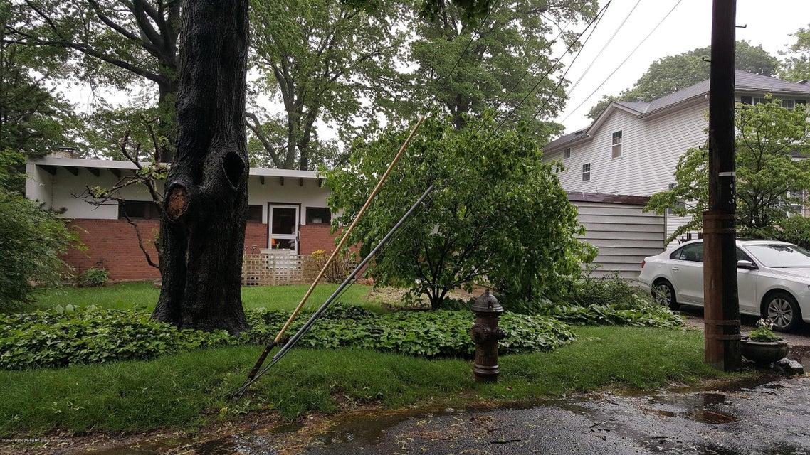 139 Waldron Avenue, Staten Island, NY 10301