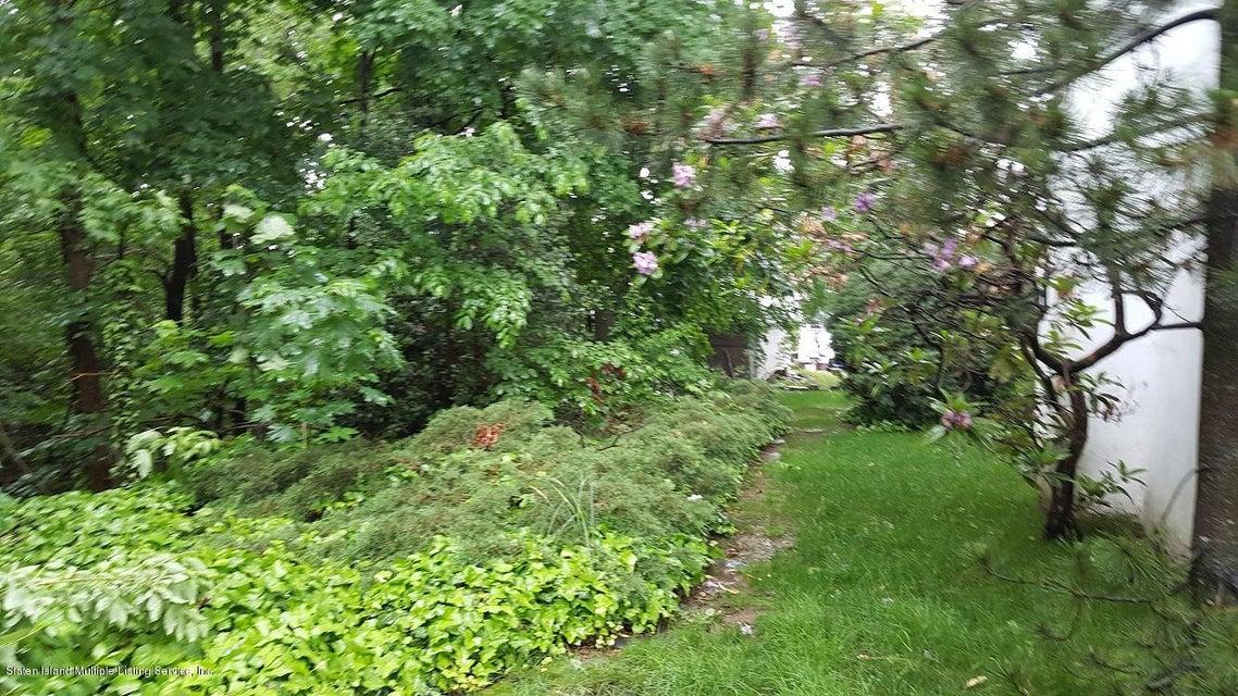 Single Family - Detached 139 Waldron Avenue  Staten Island, NY 10301, MLS-1110968-4