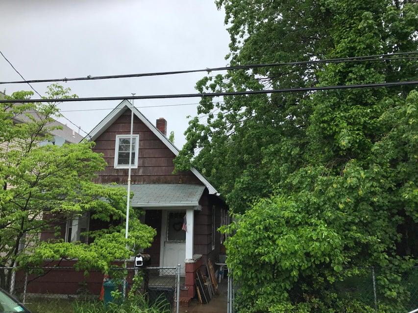 61 Wild Avenue, Staten Island, NY 10314