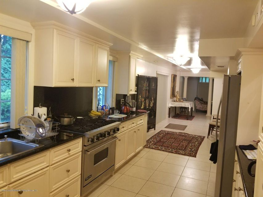 Additional photo for property listing at 26 Oxholm Avenue  Staten Island, New York 10301 United States