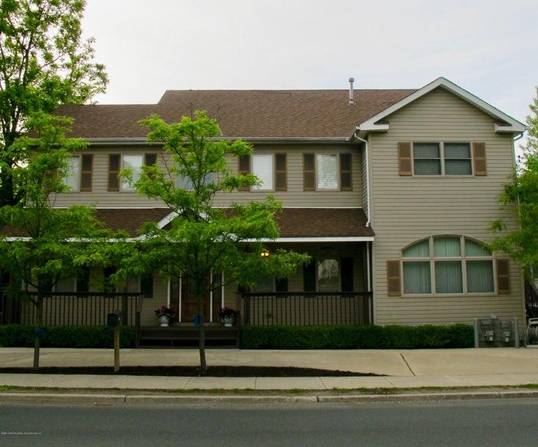 6453 Amboy Road, Staten Island, NY 10309