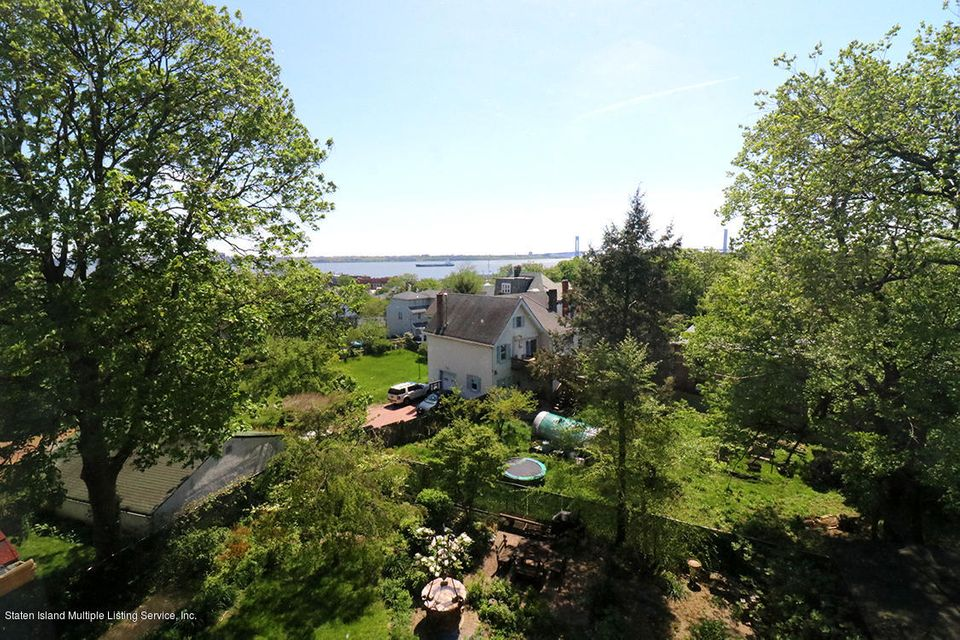 Additional photo for property listing at 387 St Pauls Avenue  Staten Island, New York 10301 United States