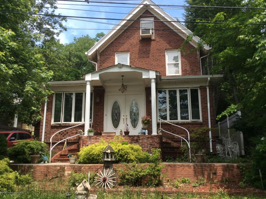 Single Family Home for Sale at 391 St George Road Staten Island, New York 10306 United States