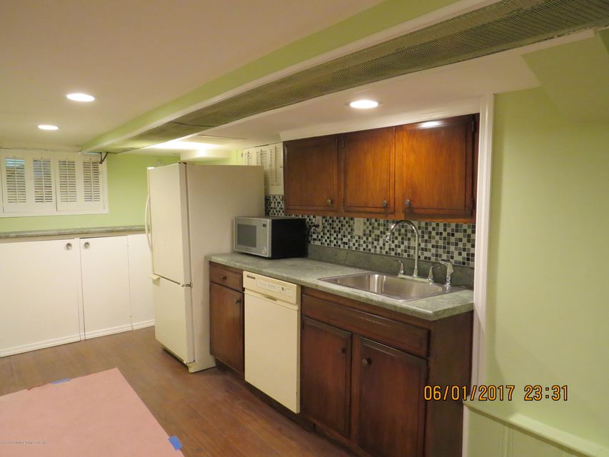 Single Family - Detached 542 Bard Avenue  Staten Island, NY 10310, MLS-1111111-31
