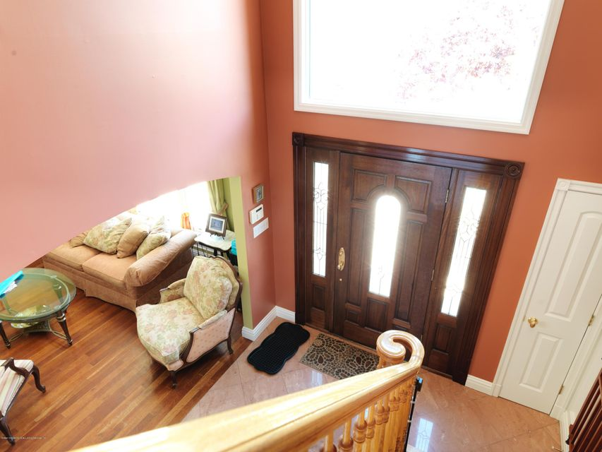 Additional photo for property listing at 718 Edgegrove Avenue  Staten Island, New York 10312 United States