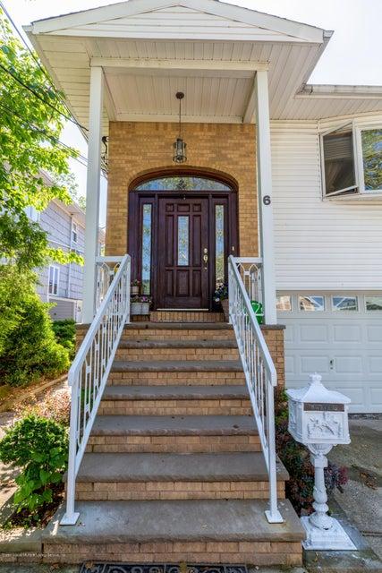 6 Upton Street, Staten Island, NY 10304