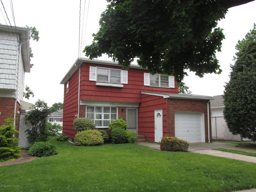 Single Family - Detached 102 Elmira Street  Staten Island, NY 10306, MLS-1111166-2