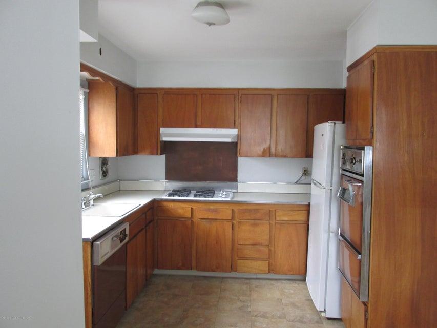 Single Family - Detached 102 Elmira Street  Staten Island, NY 10306, MLS-1111166-4