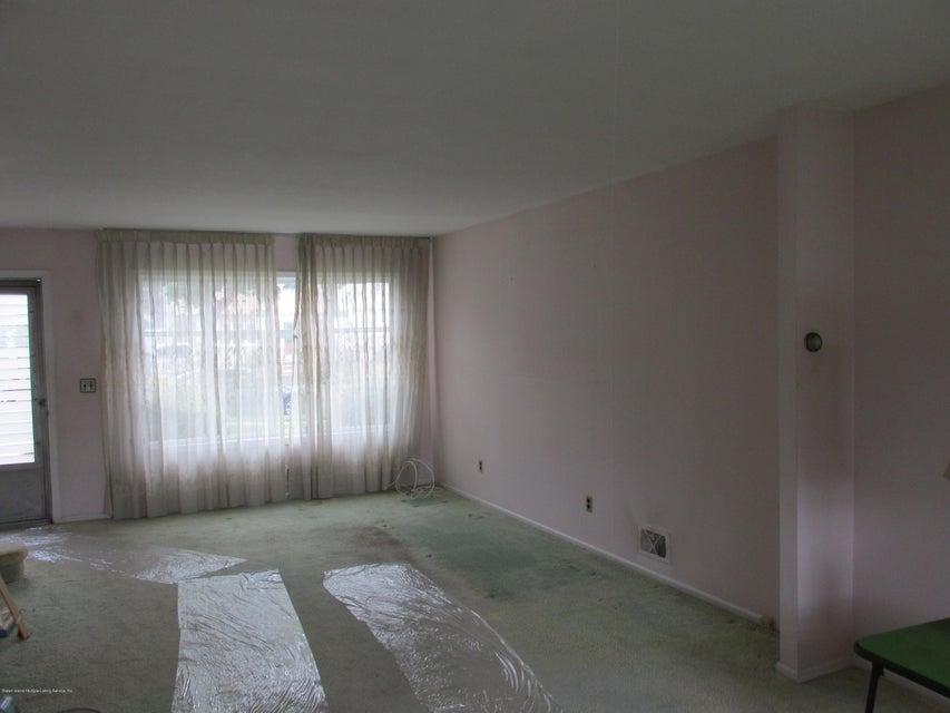 Single Family - Detached 102 Elmira Street  Staten Island, NY 10306, MLS-1111166-9