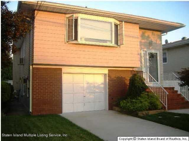 Single Family - Detached in New Dorp - 294 Weed Avenue  Staten Island, NY 10306