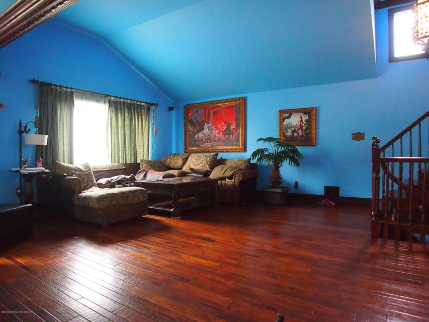 Single Family - Detached 549 Valleyview Place  Staten Island, NY 10314, MLS-1111178-5