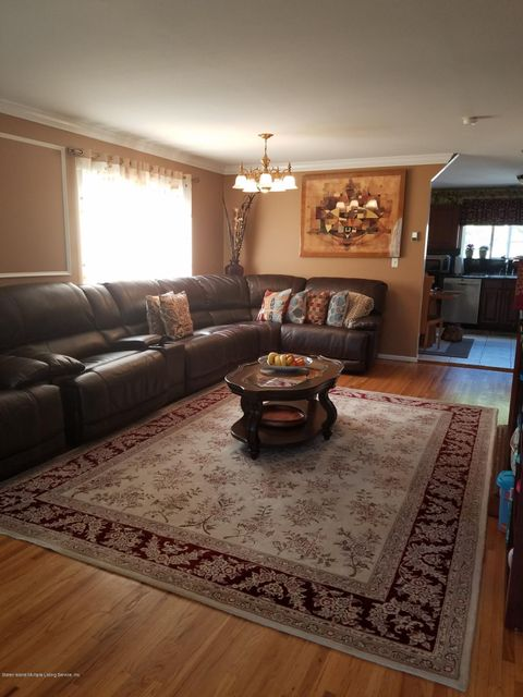 Single Family - Semi-Attached 409 Englewood Ave   Staten Island, NY 10309, MLS-1111209-3