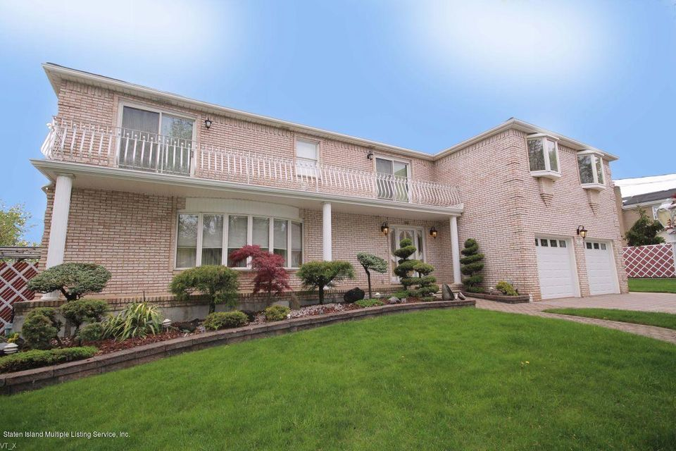 Two Family - Detached in Rossville - 69 Mason Boulevard  Staten Island, NY 10309
