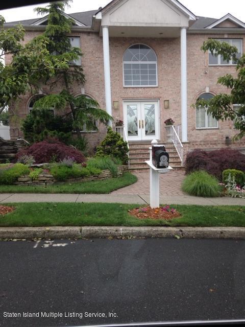 Single Family - Detached in Huguenot - 350 Powell Street  Staten Island, NY 10312