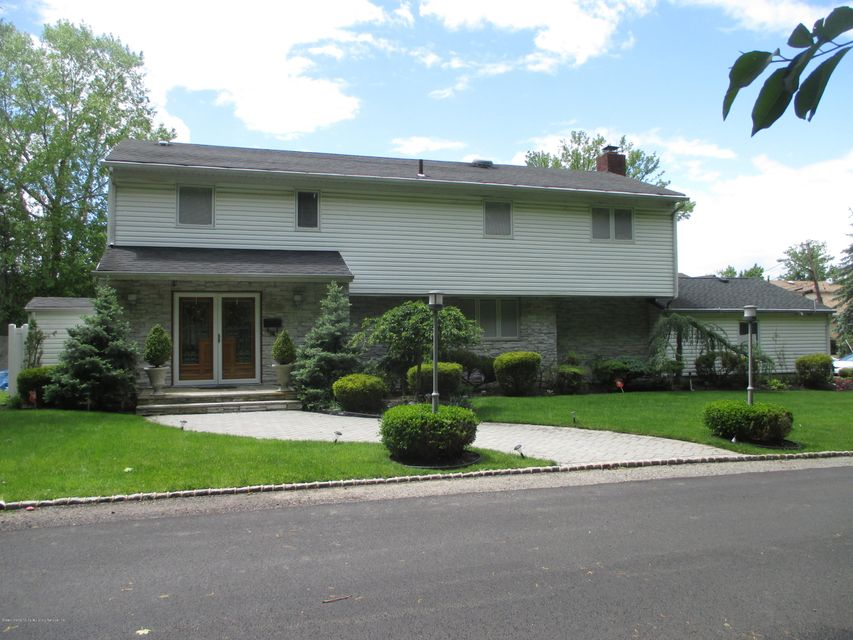 98 Browning Avenue, Staten Island, NY 10314