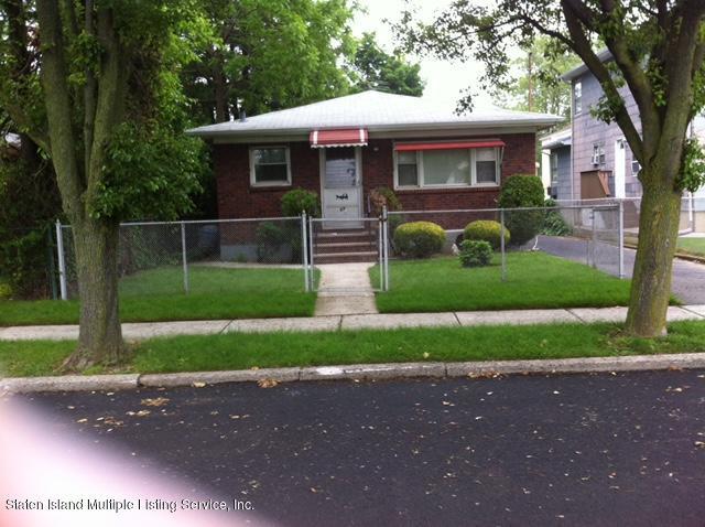 69 Hunter Avenue, Staten Island, NY 10306