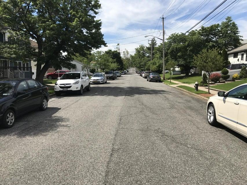 Single Family - Detached 176 Elvin Street  Staten Island, NY 10314, MLS-1111271-5