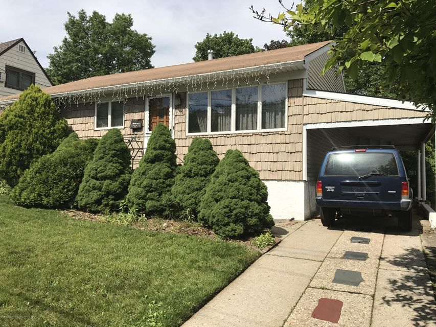 Single Family - Detached in Manor Heights - 176 Elvin Street  Staten Island, NY 10314