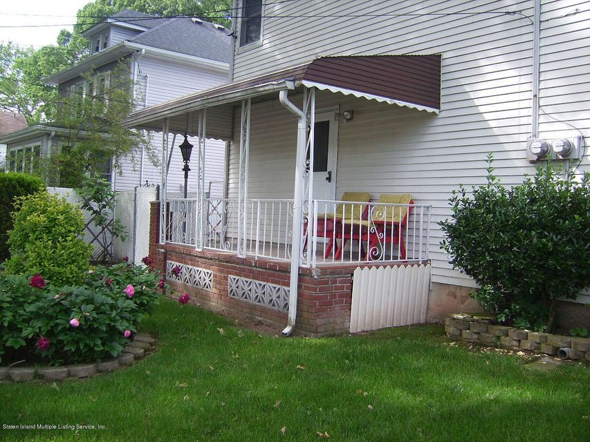 Single Family Home for Rent at 1182 Railroad Avenue Staten Island, New York 10306 United States