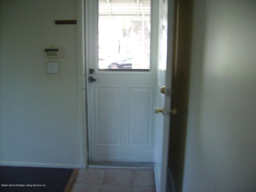 Additional photo for property listing at 1182 Railroad Avenue  Staten Island, New York 10306 United States