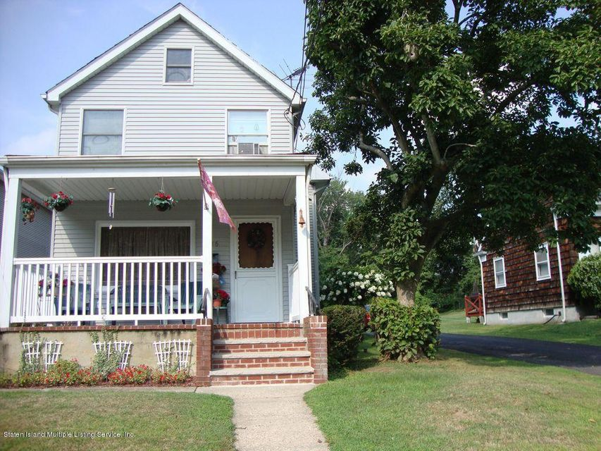 Single Family Home for Sale at 116 Bayview Ave Staten Island, New York 10309 United States