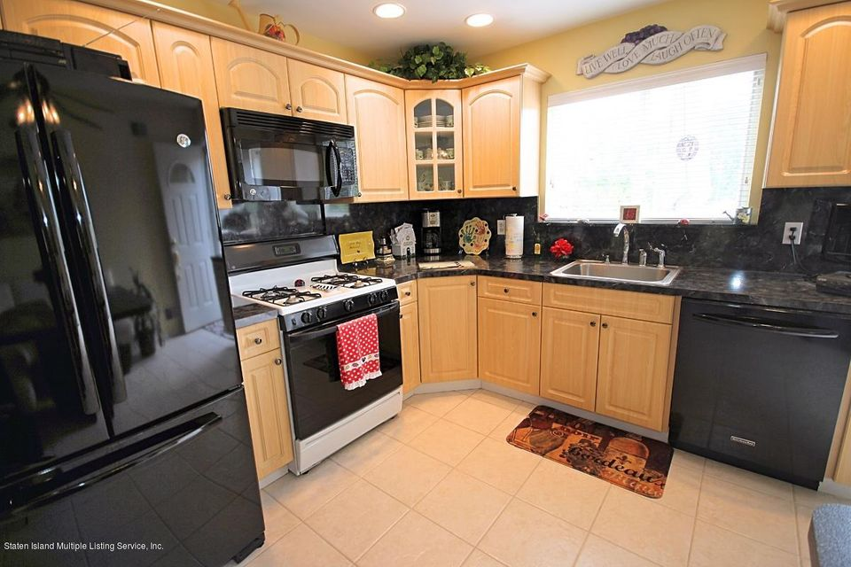 Single Family - Attached 43 Bouton Lane  Staten Island, NY 10312, MLS-1111314-9