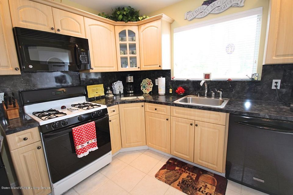 Single Family - Attached 43 Bouton Lane  Staten Island, NY 10312, MLS-1111314-10