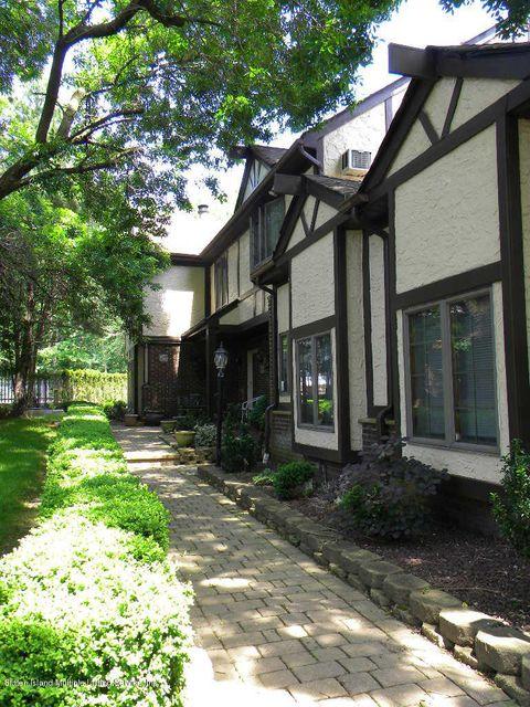 Additional photo for property listing at 190 Swaim Avenue  Staten Island, New York 10312 United States