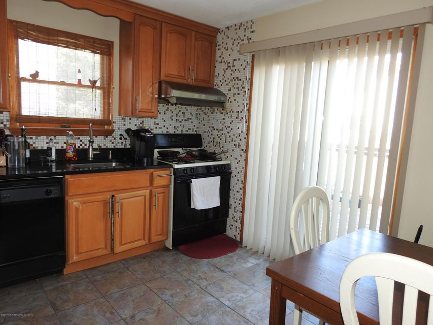 Additional photo for property listing at 151 Ontario Avenue  Staten Island, New York 10301 United States