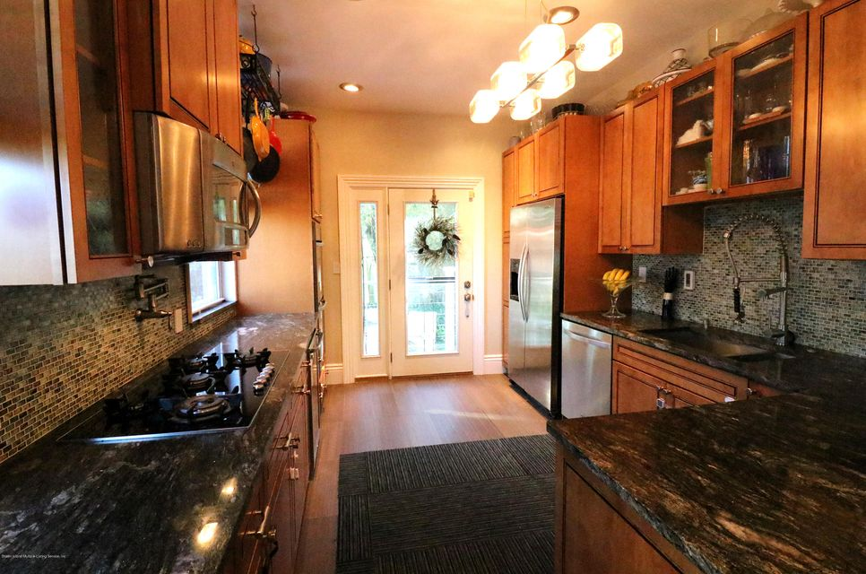 Single Family - Detached 347 St Pauls Avenue  Staten Island, NY 10304, MLS-1111388-13