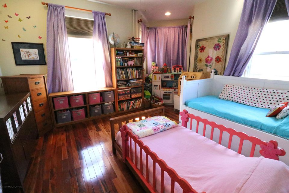 Single Family - Detached 347 St Pauls Avenue  Staten Island, NY 10304, MLS-1111388-27