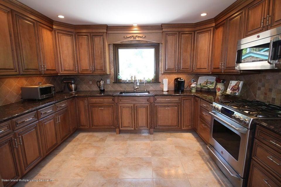 Additional photo for property listing at 24 Singleton Street  Staten Island, New York 10309 United States