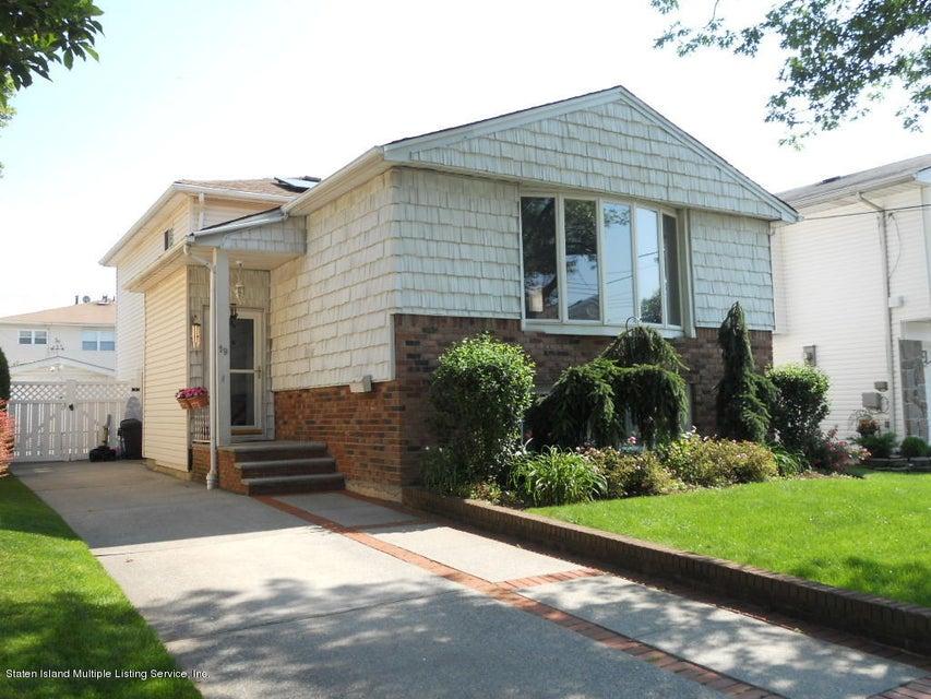 19 Berglund Avenue, Staten Island, NY 10314