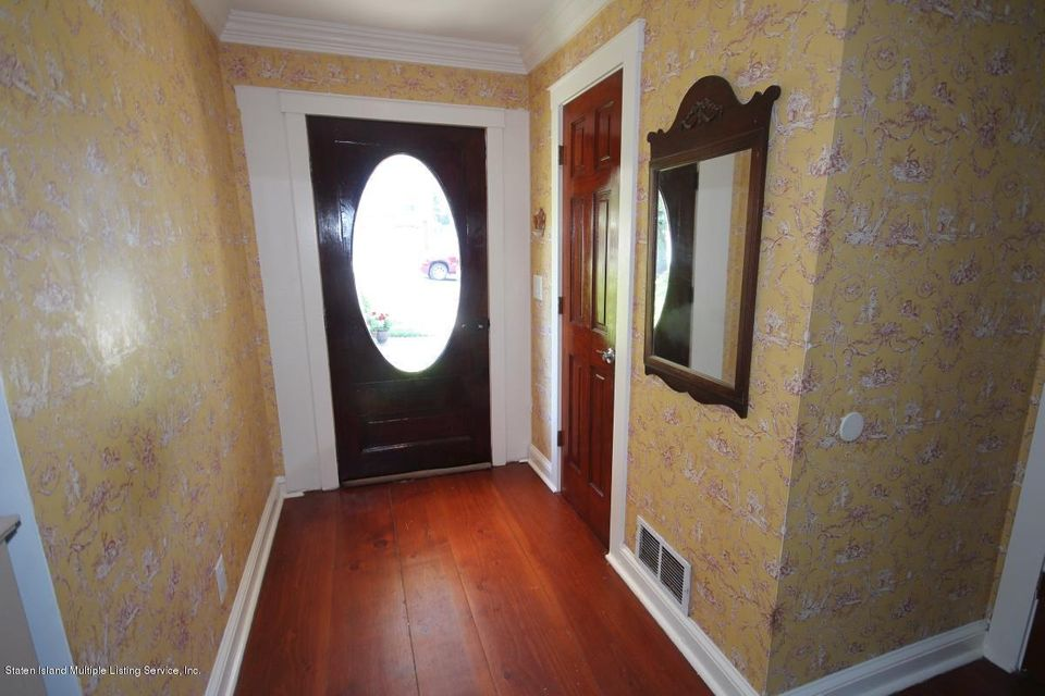 Additional photo for property listing at 111 Marshall Avenue  Staten Island, New York 10314 United States