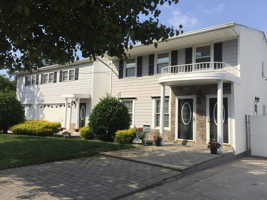 Single Family Home for Sale at 4165 Richmond Avenue Staten Island, New York 10312 United States