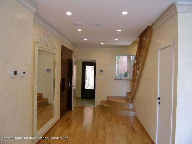 Single Family - Detached 363 Howard Avenue  Staten Island, NY 10301, MLS-1111500-9