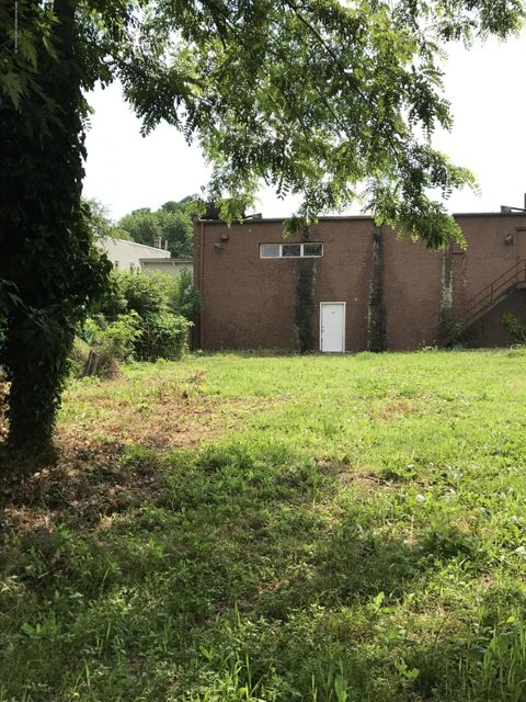 Additional photo for property listing at 190 Morningstar Road  Staten Island, New York 10303 United States
