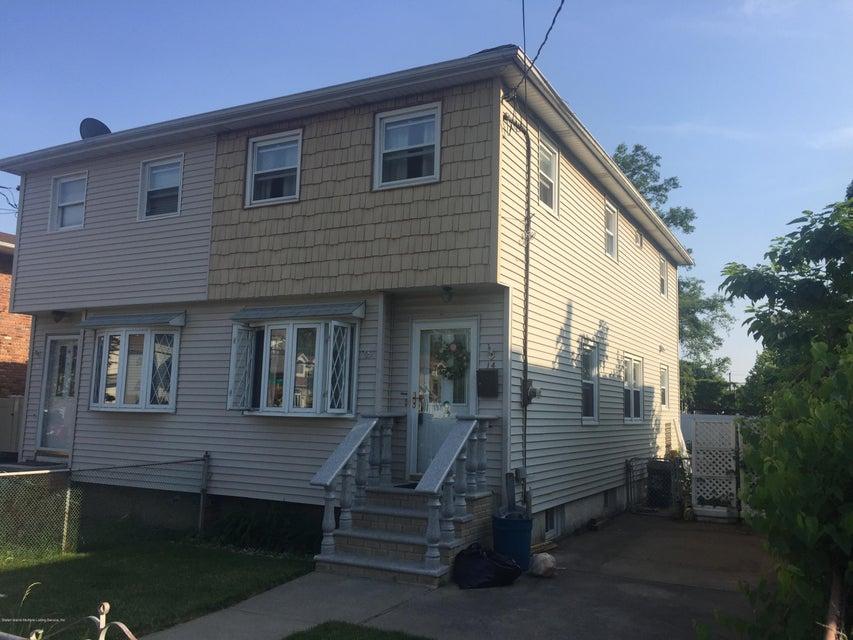 14 Isernia Avenue, Staten Island, NY 10306