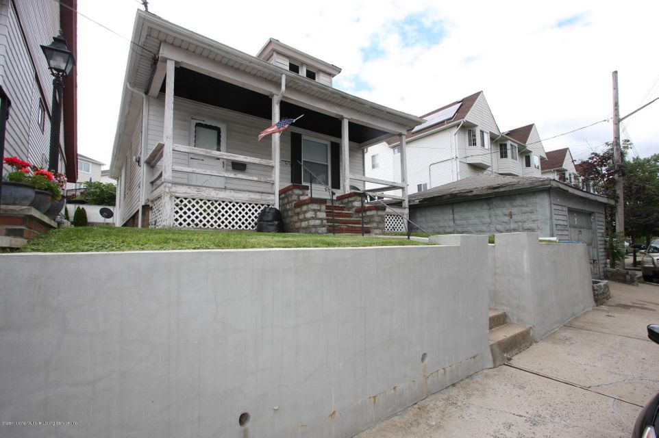 Single Family - Detached 16 James Place  Staten Island, NY 10305, MLS-1111389-11