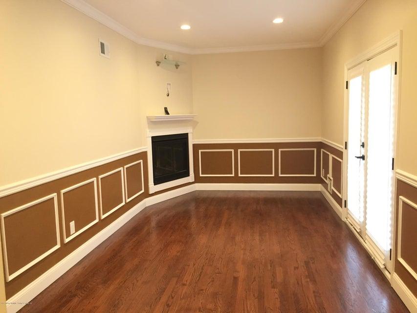 Additional photo for property listing at 385 Ramona Avenue  Staten Island, New York 10312 United States