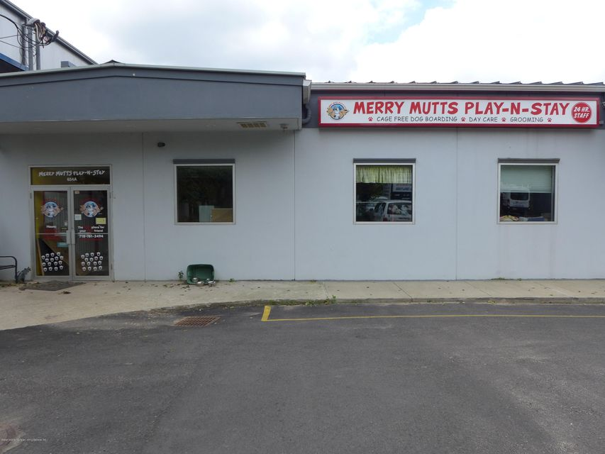 Commercial for Rent at 654 Sharrotts Road Staten Island, New York 10309 United States