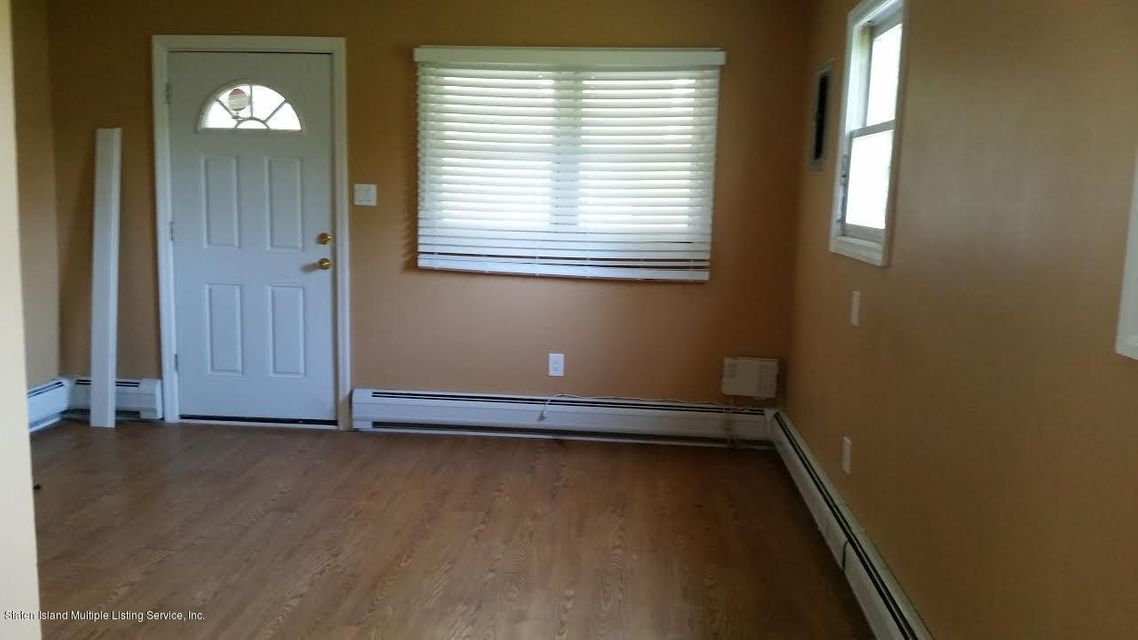 Additional photo for property listing at 945 Olympia Boulevard  Staten Island, New York 10306 United States