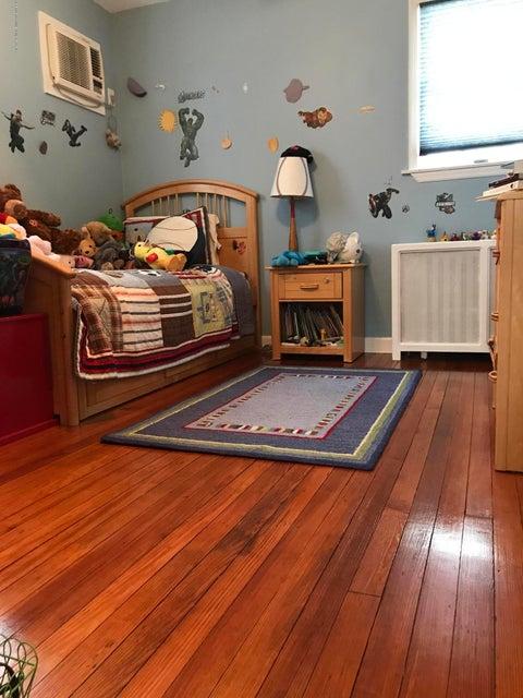 Single Family - Detached 467 Pelton Avenue Avenue  Staten Island, NY 10310, MLS-1111634-8