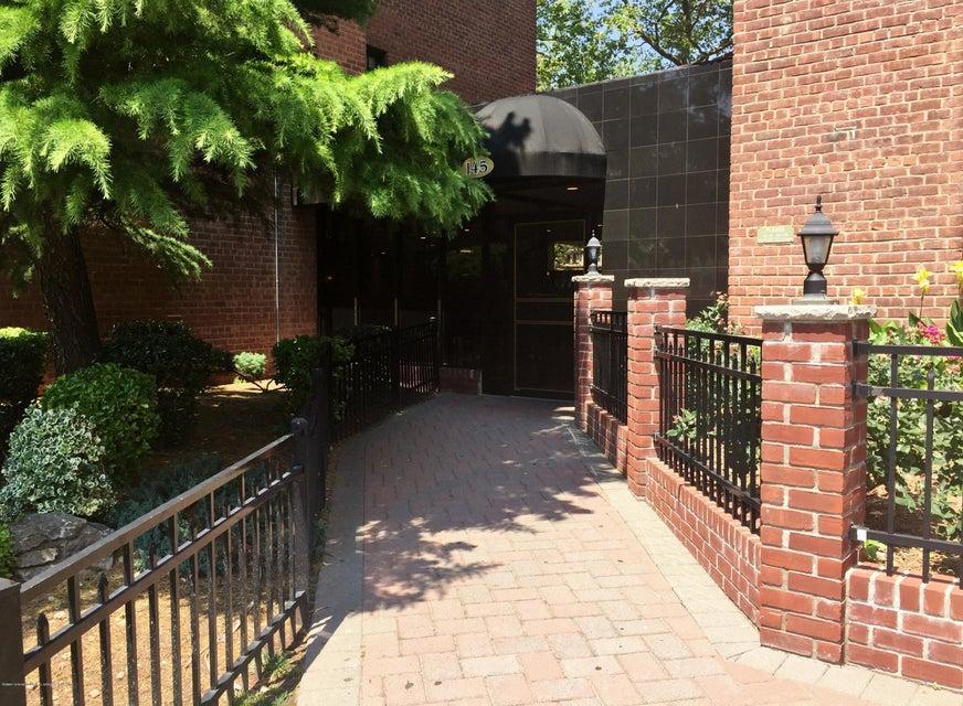 145 Lincoln Avenue 4a, Staten Island, NY 10306