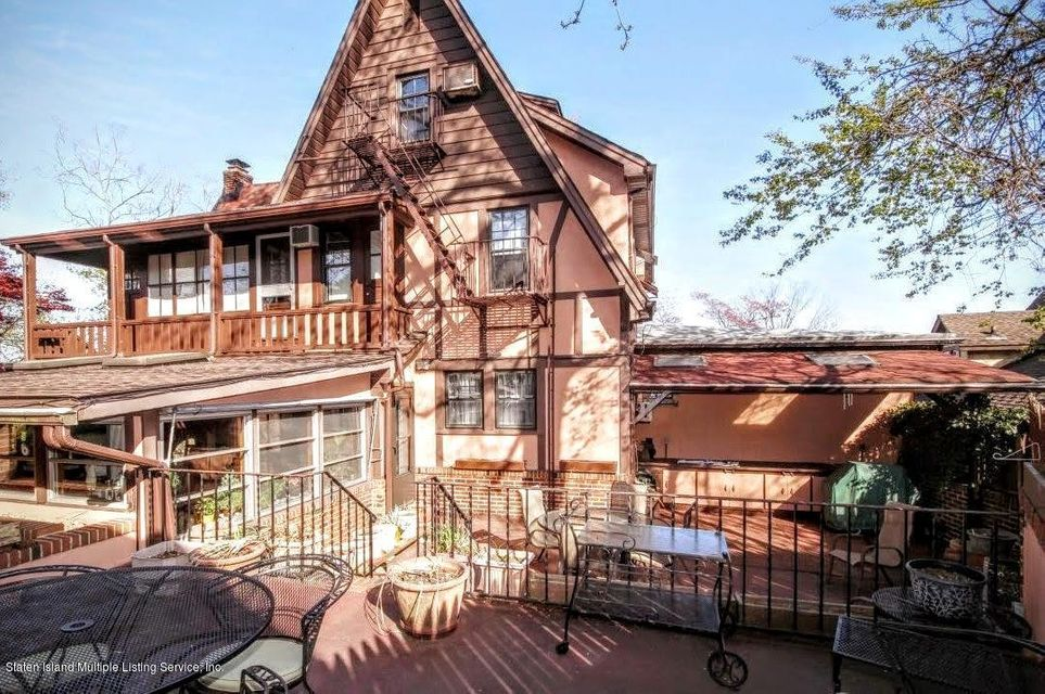 Additional photo for property listing at 2393 Richmond Road  Staten Island, New York 10306 United States