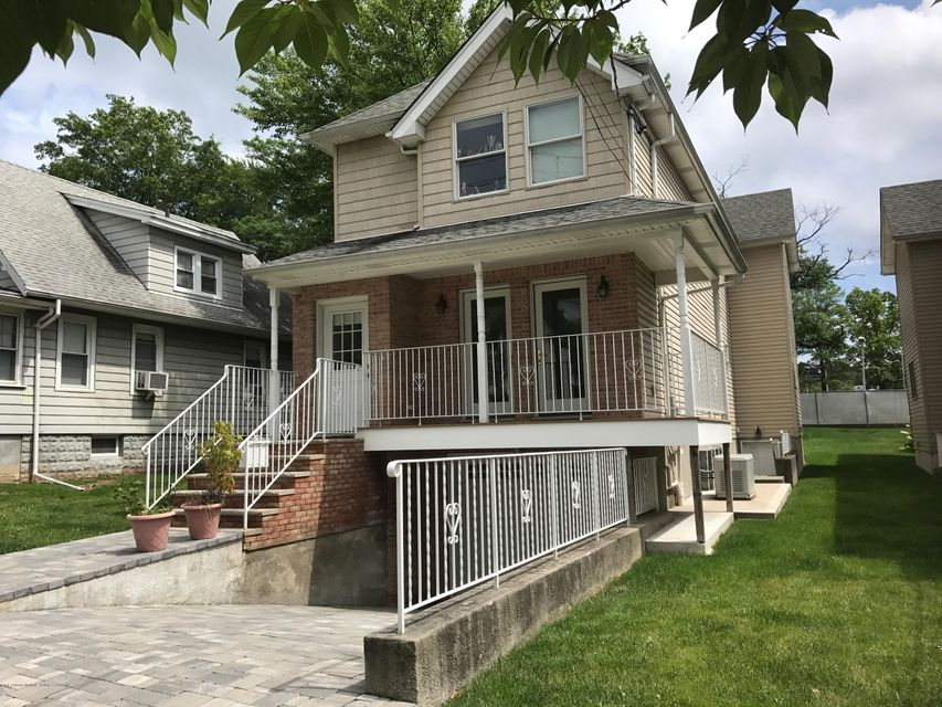 Single Family Home for Sale at 182 Windsor Road Staten Island, New York 10314 United States