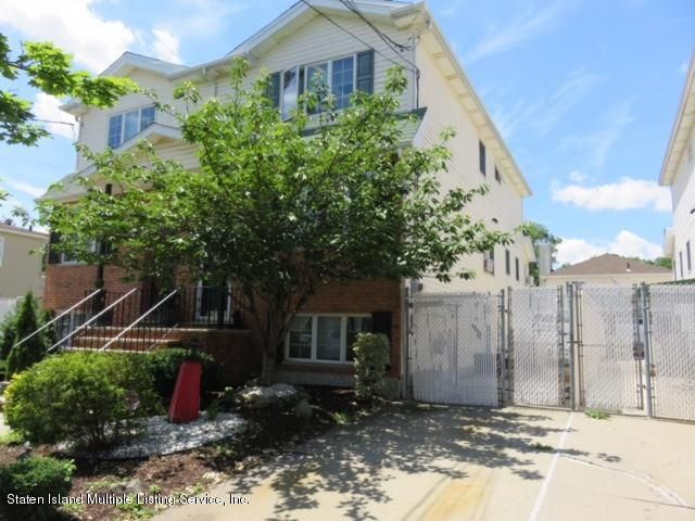 Single Family - Semi-Attached 446 Manhattan Street  Staten Island, NY 10307, MLS-1111800-2