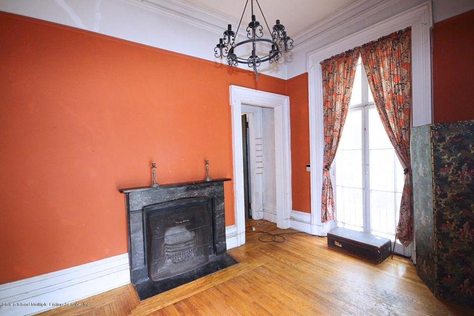 Additional photo for property listing at 66 Harvard Avenue  Staten Island, New York 10301 United States